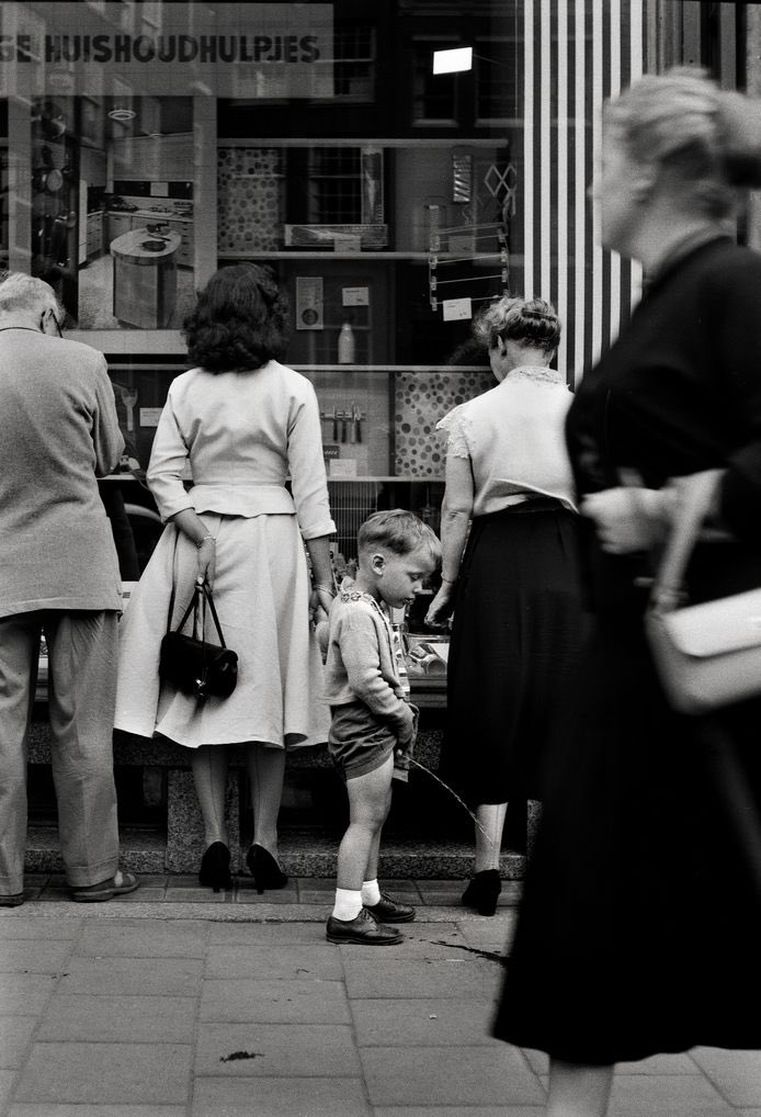 'When words become unclear, I shall focus with photographs.' -   Ansel Adams | Eddy Posthuma de Boer (1931-2021), Amsterdam 1955 https://t.co/HBYX09kGln