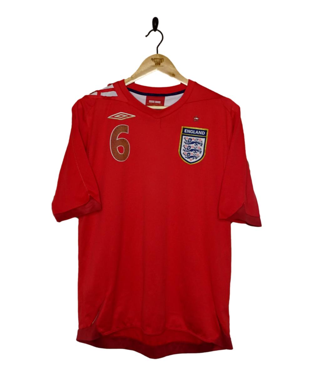 Checkout this 2006-08 England Away Shirt Terry (L)!  Buy Now or Make An Offer at https://t.co/LsIKUAdz5P   Free UK P&P!   Tracked Worldwide Shipping!  #2006-08 #ENG #England #Terry #ThreeLions #Umbro #TheKitman https://t.co/EJDOwspkam