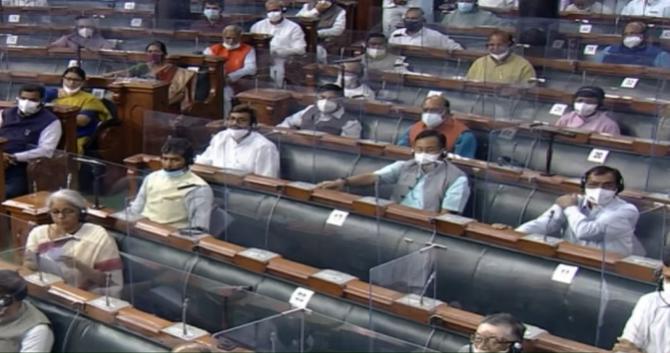 संसद ने प्रकाश स्तम्भ अधिनियम 1927 को निरस्त और 'नौचालन के लिए सामुद्रिक सहायता विधेयक 2021' को पारित किया