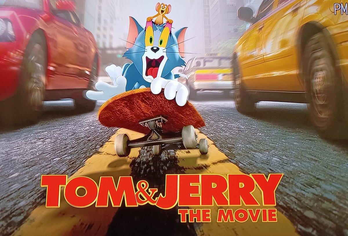 test ツイッターメディア - 実写版『トムとジェリー』をBDにて。芸歴80年以上の大ベテランなトム師匠とジェリー師匠なのでクロエ・グレース・モレッツやマイケル・ペーニャとなかなか豪華なキャスト陣(SNLのコリン・ジョストも!)との絡み方もなんだか志村けんのコント番組を見ているような大御所と若手感。貫禄がスゴイ! https://t.co/15S7V4nVqz