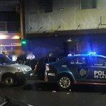 Image for the Tweet beginning: Clausuran un bar en Palermo
