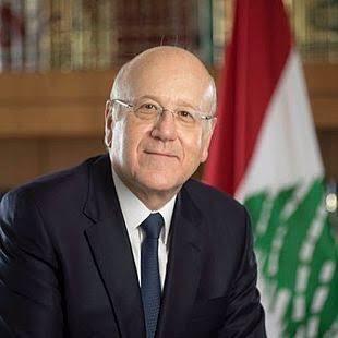 الرئيس اللبناني ميشال عون يكلف نجيب ميقاتي تأليف حكومة جديدة. وكالات