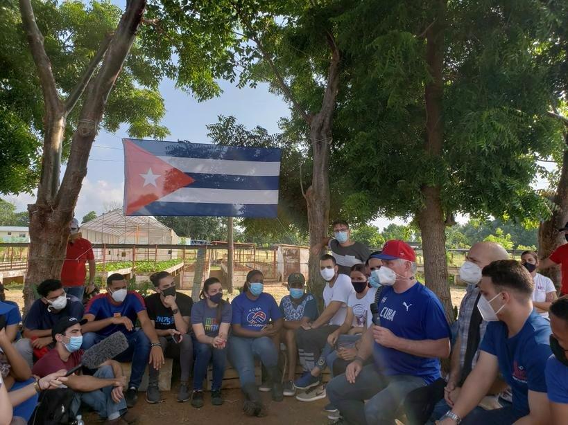 Dialoga Díaz-Canel con jóvenes cubanos sobre puntos medulares en la gestión de Gobierno (+ Foto)