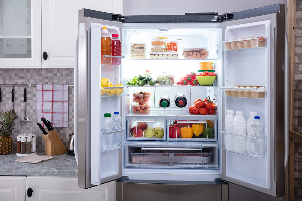 test Twitter Media - #EnergyTip Flip Your Fridge to an @ENERGYSTAR certified model. If all old refrigerators in the U.S. were replaced with ENERGY STAR  models, Americans would save more than $330 million in energy costs and prevent more than 5.5 billion lbs of greenhouse gas emissions annually. https://t.co/0Vj3nz0dm1