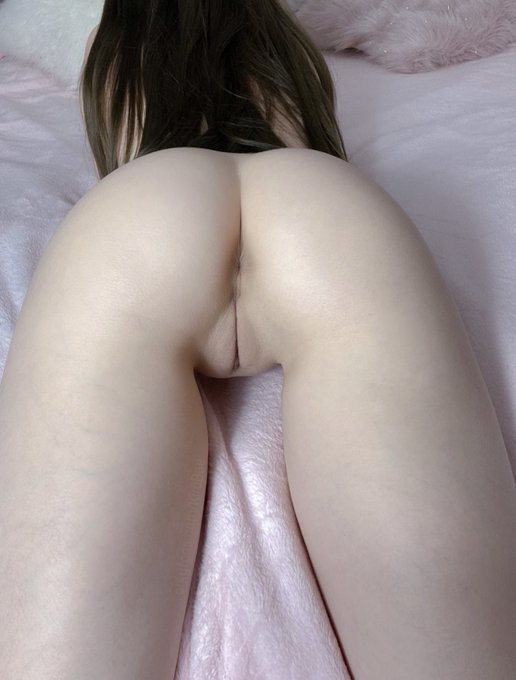 1 pic. Would someone give me a birthday creampie? 🎂 https://t.co/FNheuvieRJ