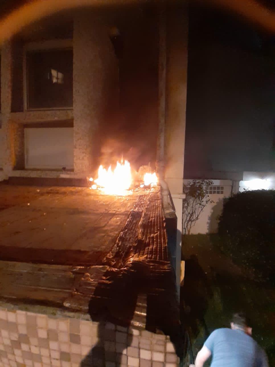 Denuncian en Francia agresión contra embajada cubana