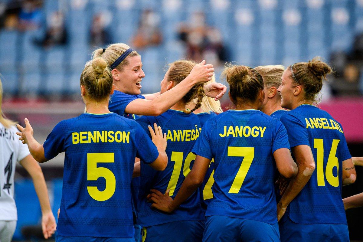 🌏 La selección sueca de  sella su tercer encuentro en los Juegos Olímpicos de  con una vict....
