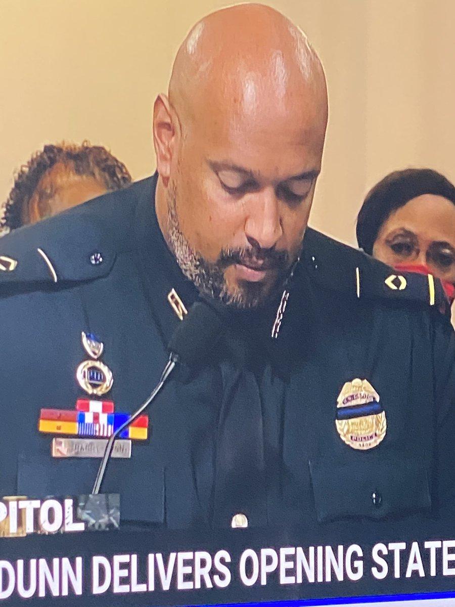 @MollyJongFast's photo on Officer Dunn