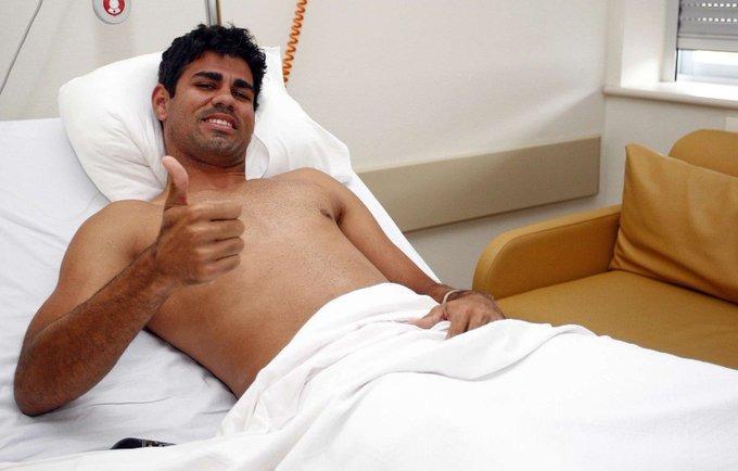 de hace 1⃣0⃣ años (27.7.2011)  se lesionó gravemente (menisco y cruzado anterior) cuando ....