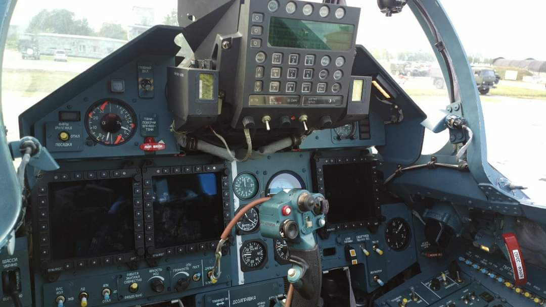 Su-57 Stealth Fighter: News #7 - Page 34 E7U2XhNXoAAeudd?format=jpg&name=medium