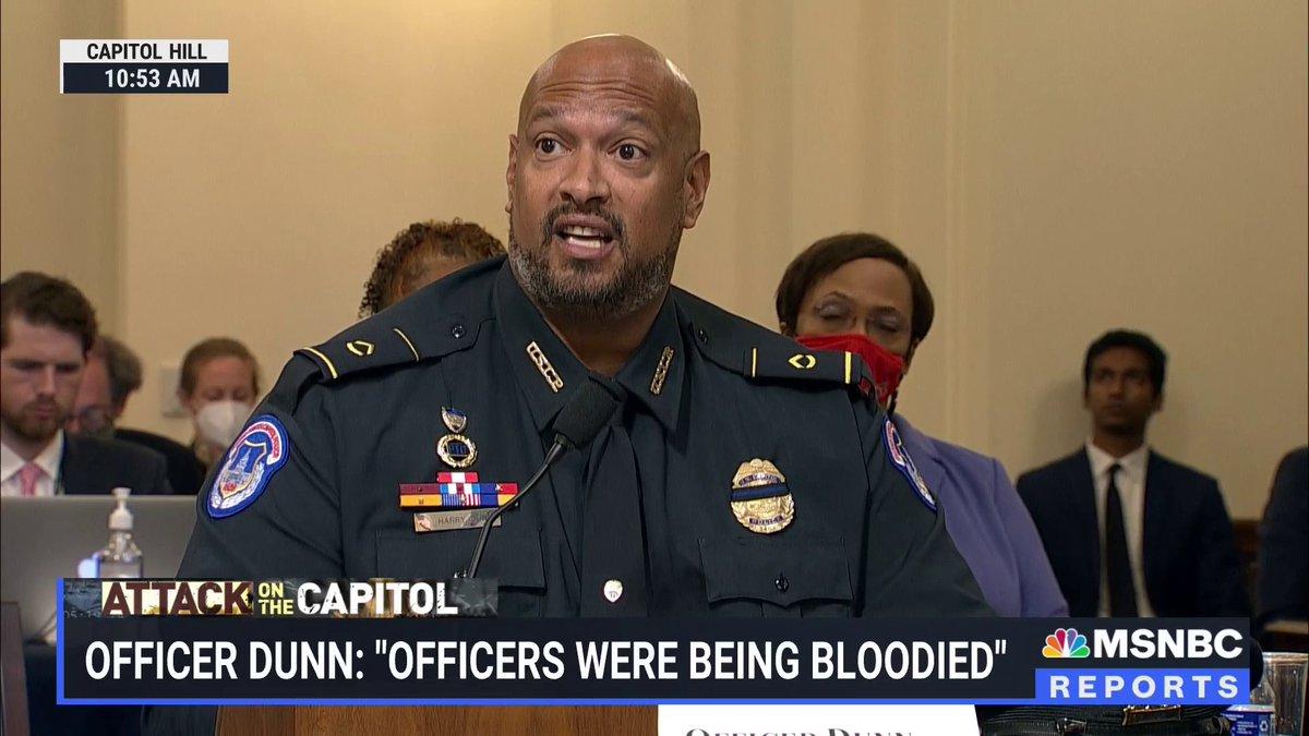 @MSNBC's photo on Officer Dunn