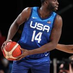 Image for the Tweet beginning: Dray on the court. Steve