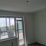 - 20.07.2021 Заканчиваются работы по чистовой отделке в квартирах  в новом жилом комплексе недалеко от метро Черная речка.
