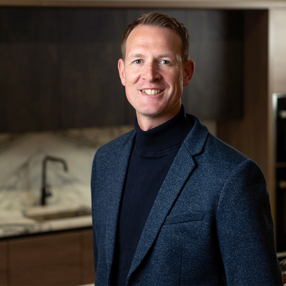As wellness begins to embed itself into all areas of life, we ask two leading kitchen brands for their top 10 market trends. Today we speak to Matt Phillips, head of UK Operations at Rotpunkt and Simon Bodsworth, Managing Director of Daval Furniture. designerati.co.uk/top-kitchen-we…