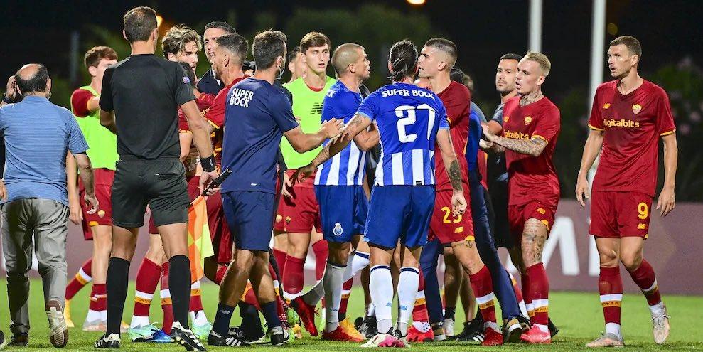 VIDEO: Pepe và Mkhitaryan xô xát trong trận giao hữu giữa Porto và AS Roma