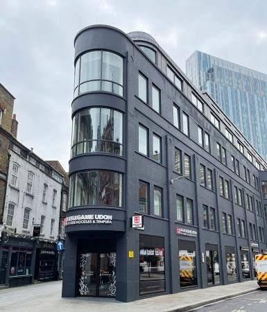 ロンドンの丸亀製麺に既視感?「ジョン・ウィック」のコンチネンタルホテルだ!