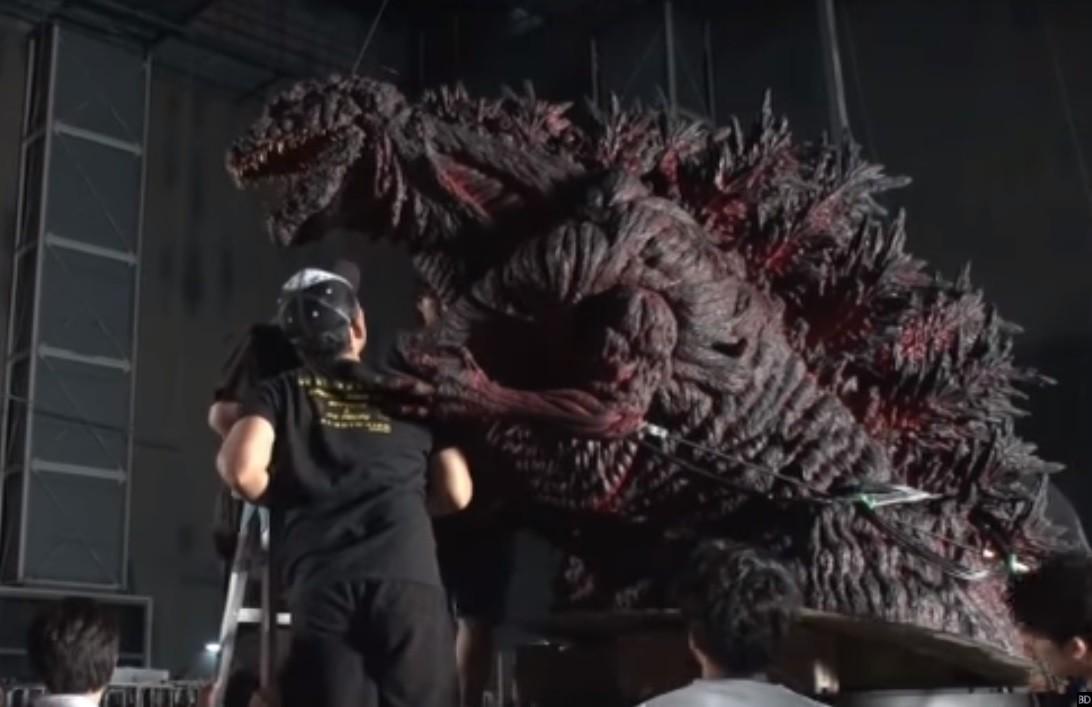 RT @gargantucast: The Shin Godzilla animatronic that was unfortunately unused in the final film. https://t.co/qUoEF2UJKM