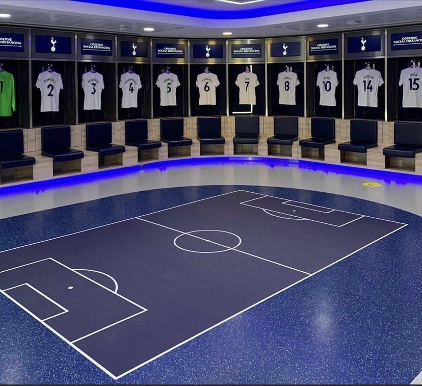 RT @luisferpo: ¡Adiós pizarra! La nueva pizarra táctica en el piso del vestuario del Tottenham a pedido de Nuno 🔥🖥️ https://t.co/700Zbazn4L