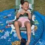 Image for the Tweet beginning: Amelia gave her new splash