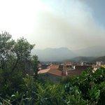 Image for the Tweet beginning: #Palermo brucia già da ieri...