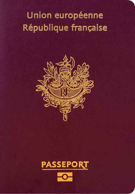 If you find someone who likes @aespa_official, then ask does he/she hold one of these two passports and can he/she speak french. If not, he/she is fake #MY. Because the real MY holds at least one of these two passports and can speak french.
