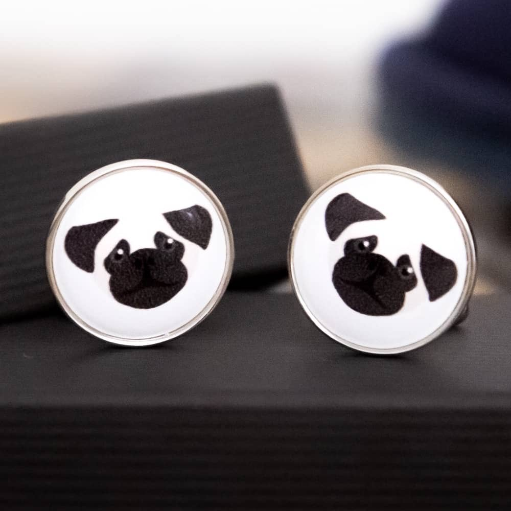 The pawfect gift for him 🐾💙  Show the man in your life you love him with these gorgeous #dog breed #cufflinks   Available in lots of designs 🐕    #Earlybiz #dogsoftwitter #dogdad