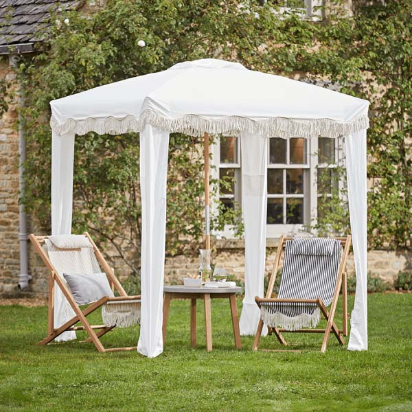 test Twitter Media - We have been scouring the internet for our favourite articles of the week.   This week brings ideas for a narrow garden as well as tips on making the most of summer at home.  Read the full story on our blog, available here: https://t.co/8hvpwoe91T  Image: Cox & Cox https://t.co/kg25lul0Wh