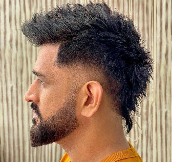 Celebrity hairstylist Aalim Hakim revealed MS Dhoni`s new dashing look