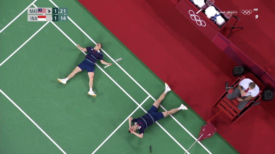 "U.C Viching™'s tweet - ""𝗧 𝗛 𝗘 𝗗 𝗬 𝗡 𝗔 𝗠 𝗜 𝗖 𝗗 𝗨 𝗢 ! Well done Aaron  Chia and Wooi Yik Soh! 🇲🇾 #Badminton #Olympics #Tokyo2020 "" - Trendsmap"