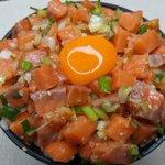 箸が止まらなくなってしまう!?「至福のネギガラサーモン丼」の作り方!