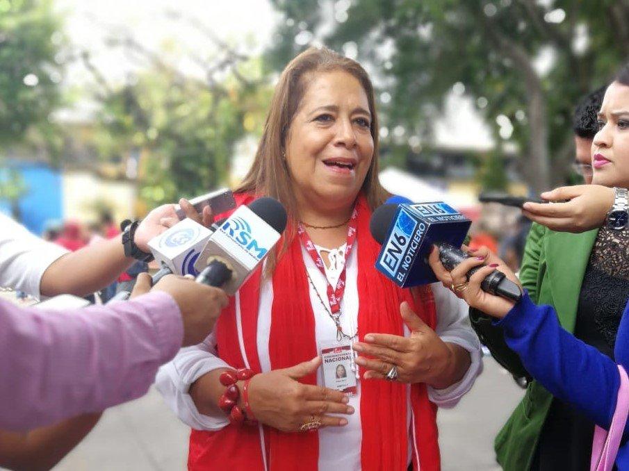 Nidia Díaz: Detenciones de ex funcionarios FMLN obedecen a valoración política