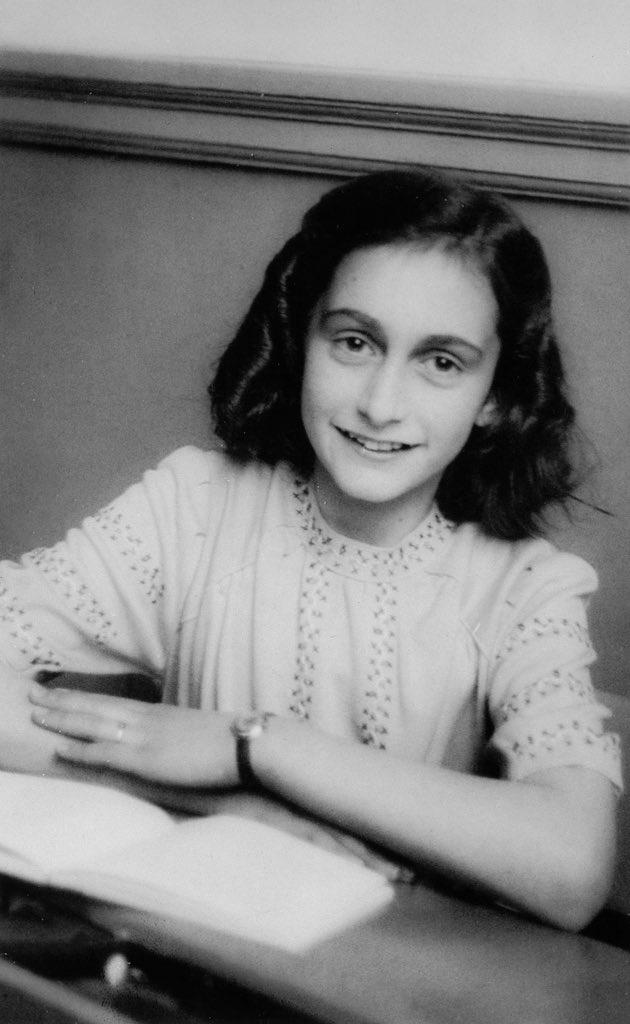 Anne Frank Twitter