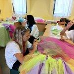 Image for the Tweet beginning: #МастерскаяАртДизайн продолжает работать над костюмами.