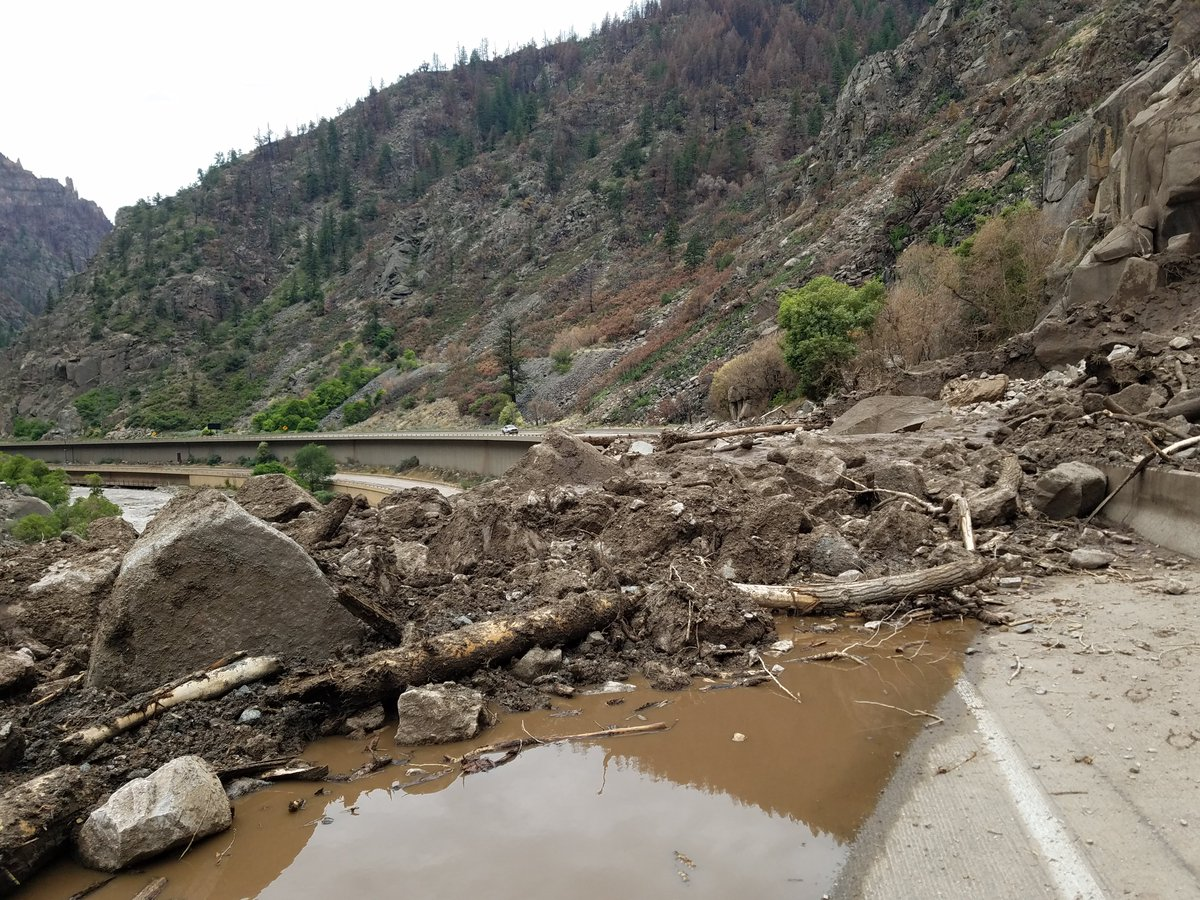 Important update from our friends from ColoradoDOT about current I-70 closure. Expect more cross-country traffic on I-40; check current Oklahoma traffic at https://t.co/Wa8ZA8X29h.