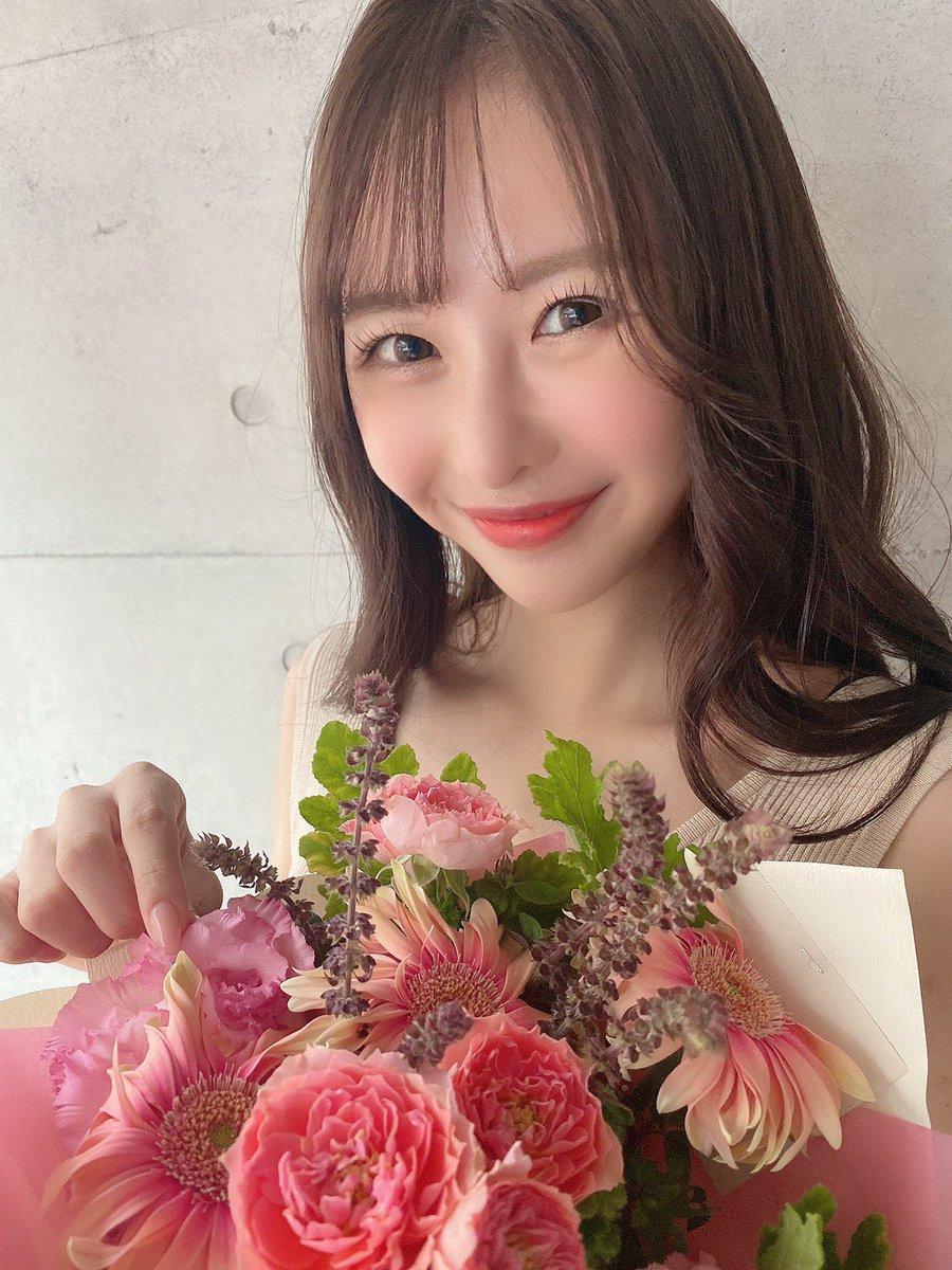 栗山莉緒 お花頂きました嬉しい〜!あり 1