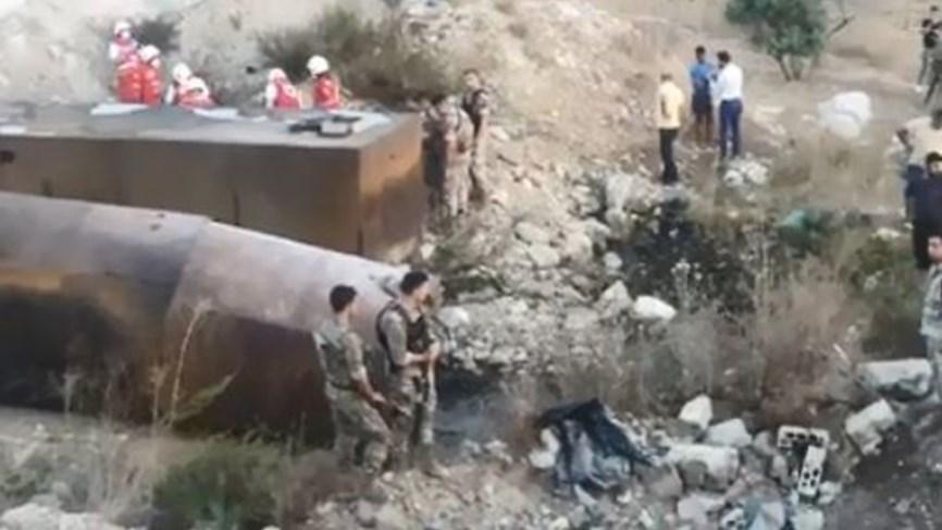 לבנון: 20 בני אדם נהרגו 79 נפצעו בפיצוץ מכלית דלק שבבעלות החזבאללה בעיר אל טליל באזור עקר בצפון לבנון E80Ke8TWQAICiQR?format=jpg&name=900x900