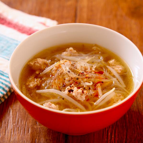 料理をする気力がないときでも作れそう!電子レンジで作れちゃう「春雨スープ」のレシピ!