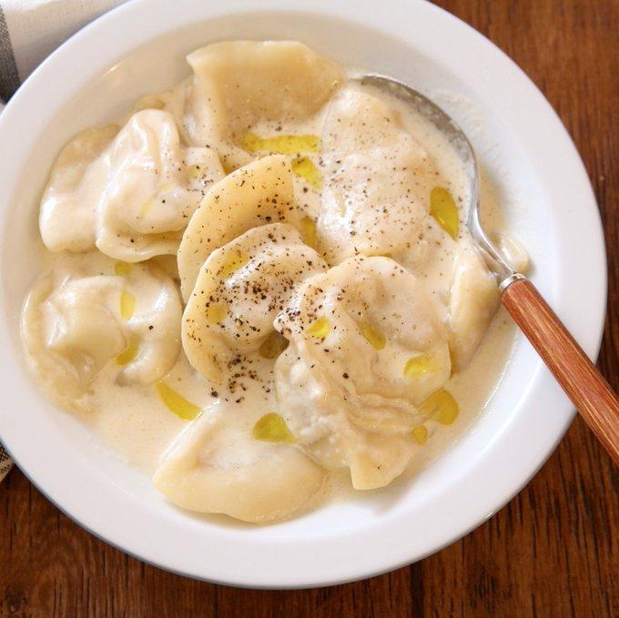 急に肌寒くなってスープっぽいの欲しい時にぜひ‼冷凍水餃子生パスタ。