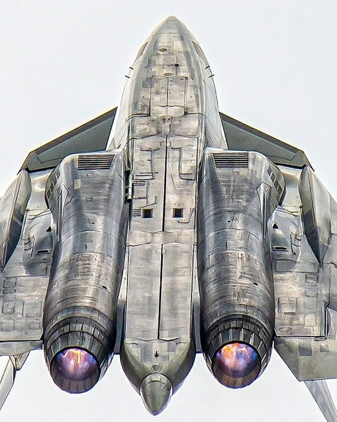 Su-57 Stealth Fighter: News #7 - Page 36 E8A599mXEAAMJjE?format=jpg&name=small