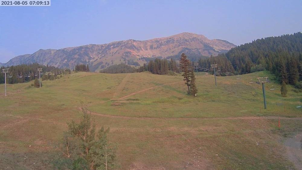 Bridger Bowl #bridgerbowl #bbowlslidin #montanalapse #montanamoment Aug 5, 07:10:00 https://t.co/2cxV7ahmiB