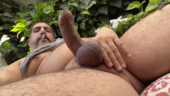 2 pic. Can you handle me? @nsfwillyum #sebastianrio #biguncutcock #veinycock #bbbh #bigthickcock #daddysbigcock