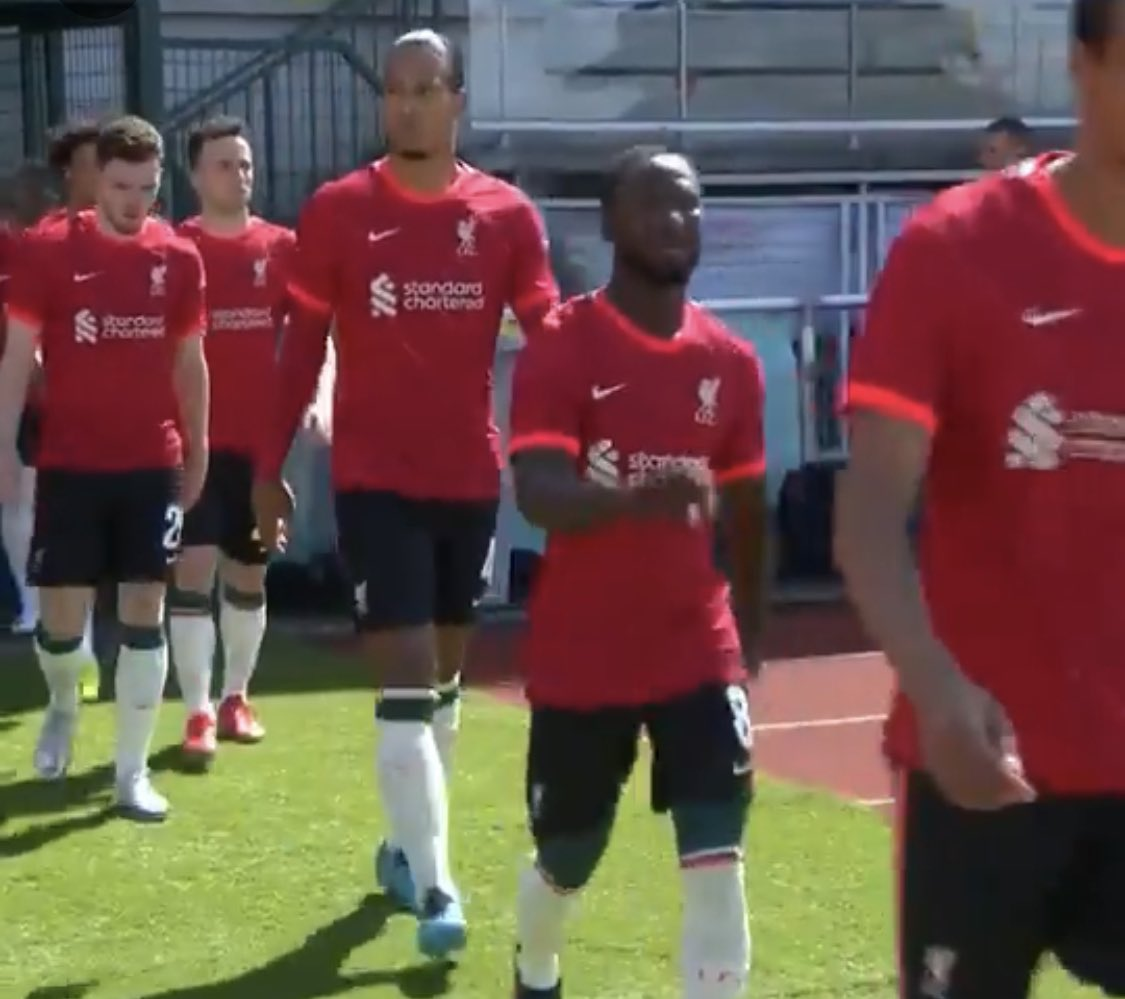 RT @paddypower: Liverpool are playing their friendly against Bologna in what appears to be Man United's kit. https://t.co/BWuzgMy81e
