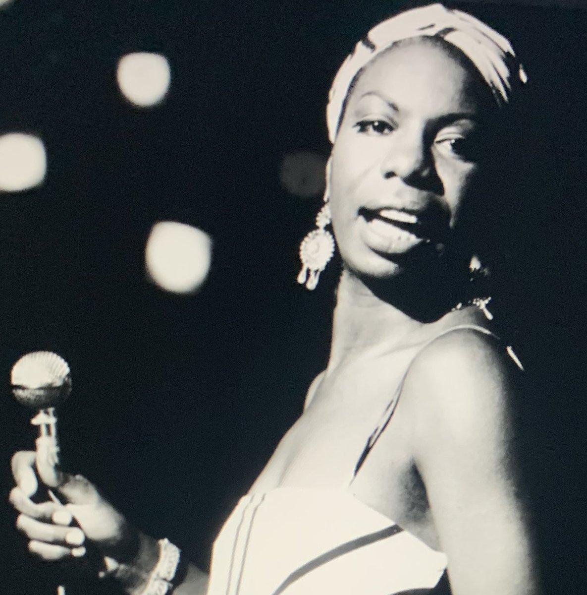 RT @SusanJ009: Nina Simone  -Mr. Bojangles  (Official Audio)    https://t.co/87X23VCd1z https://t.co/Tr8bqbZ1rT