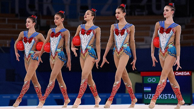 ウズベキスタンのセーラームーン衣装が可愛すぎる!新体操選手は誰?
