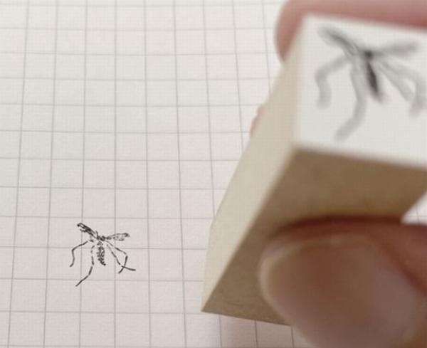 叩き潰された蚊を再現!?ユニークすぎるモスキートスタンプが登場!
