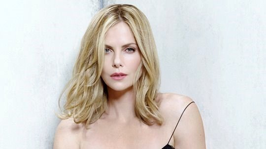 Happy Birthday to actress and producer Charlize Theron.  (August 7, 1975)