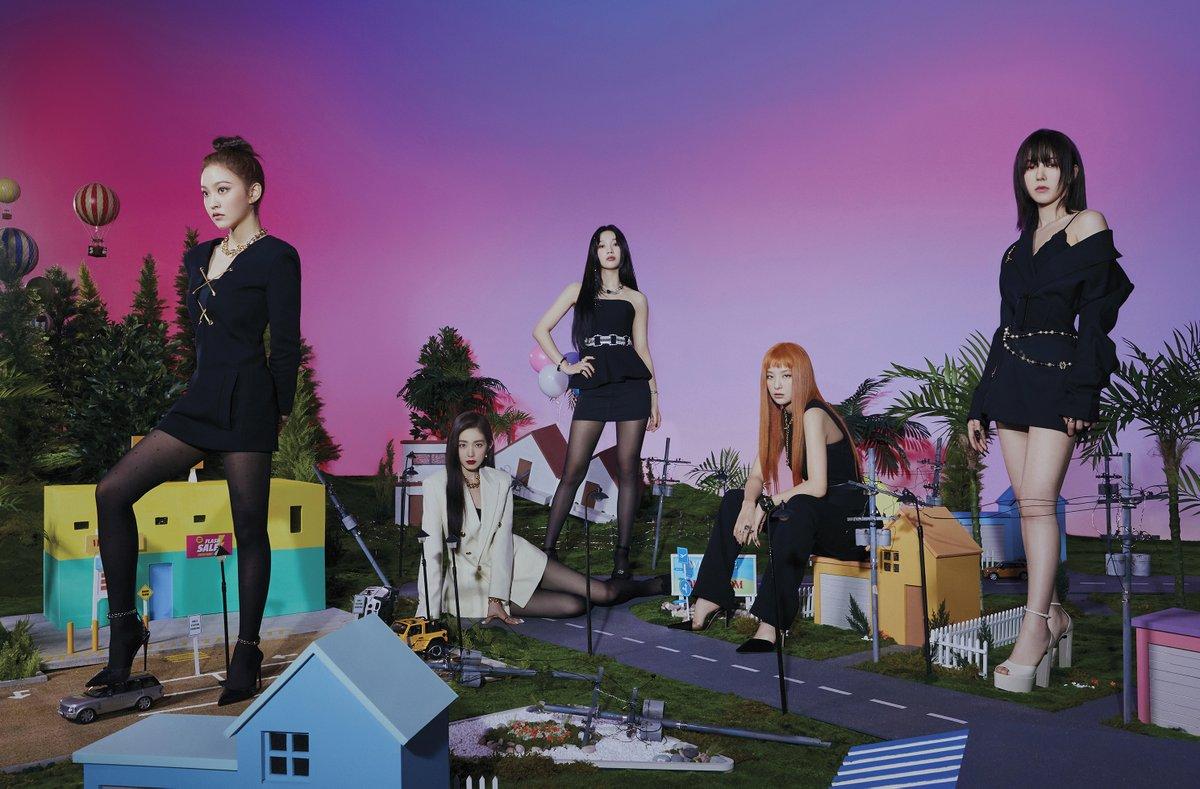 "Red Velvet on Twitter: ""레드벨벳 Red Velvet The 6th Mini Album 'Queendom' - Welcome to the Queendom 🎧 2021.8.16. 6PM KST #Queendom #퀸덤 #레드벨벳 #RedVelvet… https://t.co/QPDn4fI7yR"""