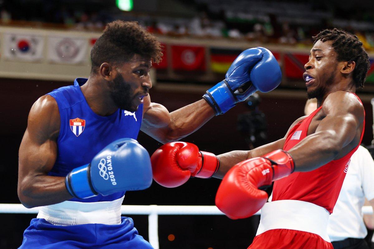 Champion Cruz war in einem spannenden Kampf zu stark für Keyshawn Davis (USA). | Bildquelle: https://twitter.com/BoxingNewsED/status/1424245833755774978 © Twitter/Boxing News | Bilder sind in der Regel urheberrechtlich geschützt