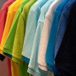 表面温度が20℃も違う!「熱中症予防に効果的な服の色」を屋外で実験したところ、こんな結果になりました。