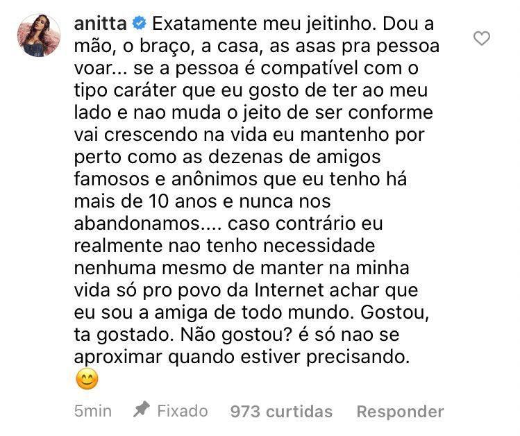 """Lary Bottino manda shade para Anitta e cantora responde: """"Não gostou? É só não se aproximar quando estiver precisando"""""""